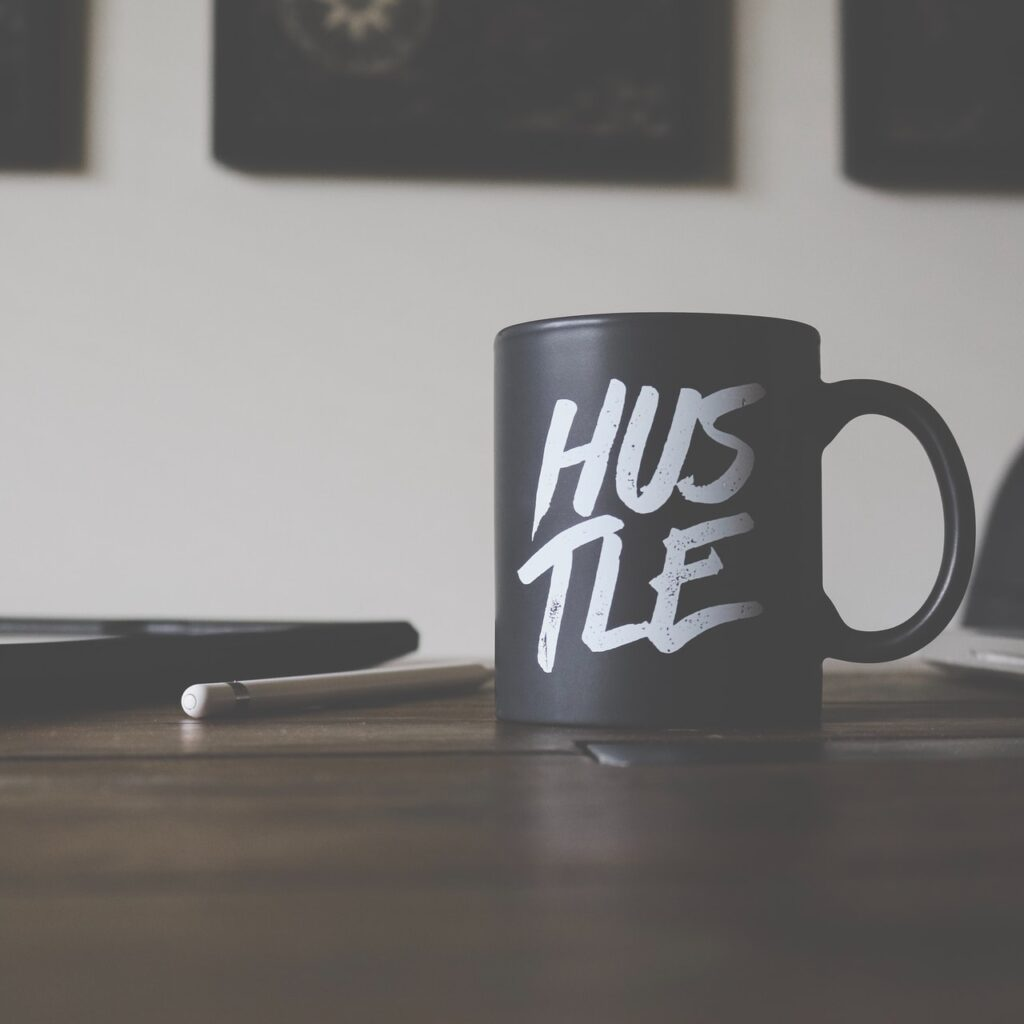 Turn Your Side Hustle into a Business | Davis Thorpe & Associates