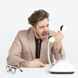 4 Strategies for Handling Customer Complaints | Davis Thorpe & Associates